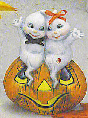 Ceramic Bisque~~ Ready to Paint ~~Small Pumpkin with Ghost Couple~~FREE SHIPPING