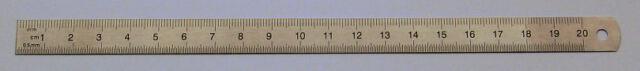 Stahl-Lineal rostfrei, flexibel 20cm Messbereich