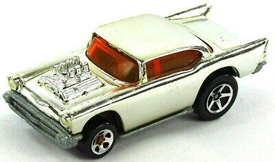 Hot Wheels 1976 '57 Chevy Bel Air 1:64 Scale Chrome