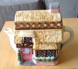 Ornamental Cottage Teapot