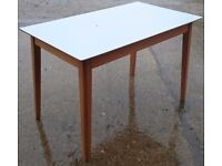 Vintage laminated top kitchen table in good condition
