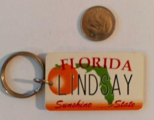 Vintage Florida Souvenir License Plate Keychain Tag Lindsay FL Lg