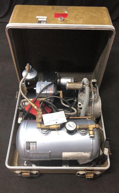 Air Techniques Dental Compressor Dehydrator M5b 15 Volts 19.5 Amps In Case