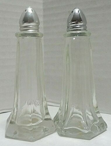 """Vintage Reiner Products SALT And PEPPER Shaker Clear Glass And Metal Tops 4.5"""""""