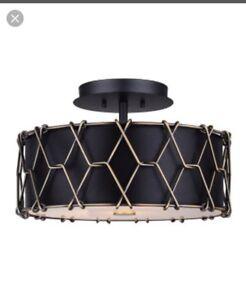 Luminaire / semi-plafonnier NEUF style industriel Valeur: 187$