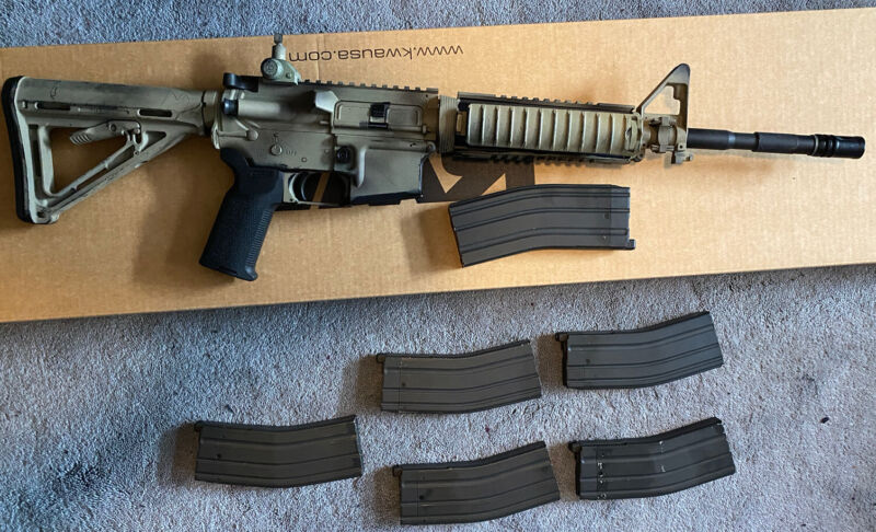 Airsoft KWA LM4 Gas Blowback Rifle BUNDLE - 6 MAGAZINES And Magpul Attachments