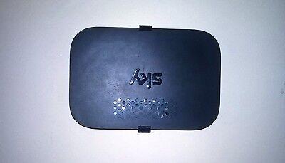 Sky Q Hub Wireless Internet Router BRACKET (Black), Wall Mounted
