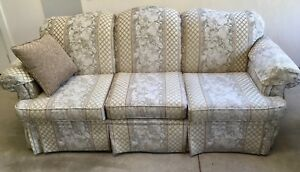 Couch and Love Seat in Excellent Used Condition
