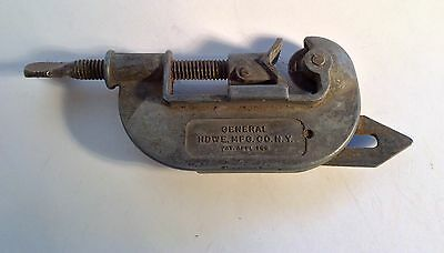 Vintage General Pipe Tubing Cutter