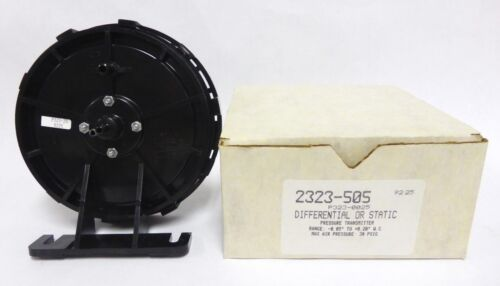 Robertshaw 2323-505 Differential or Static Pressure Transmitter - New (A-27)