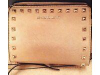 Michael Kors Selma Messenger Bag..