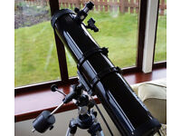 Skywatcher 130P EQ2 Telescope Motorised genuinely barely used (twice!)