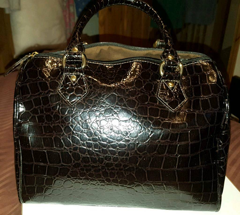 Dark brown real Italian Leather handbag
