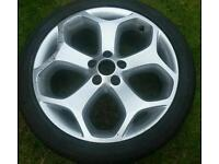 Ford Focus ST225 Alloy and tyre