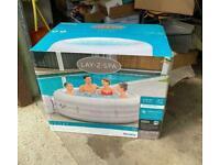 Lay-Z-Spa 6 Vegas HOTTUB BRAND NEW IN BOX