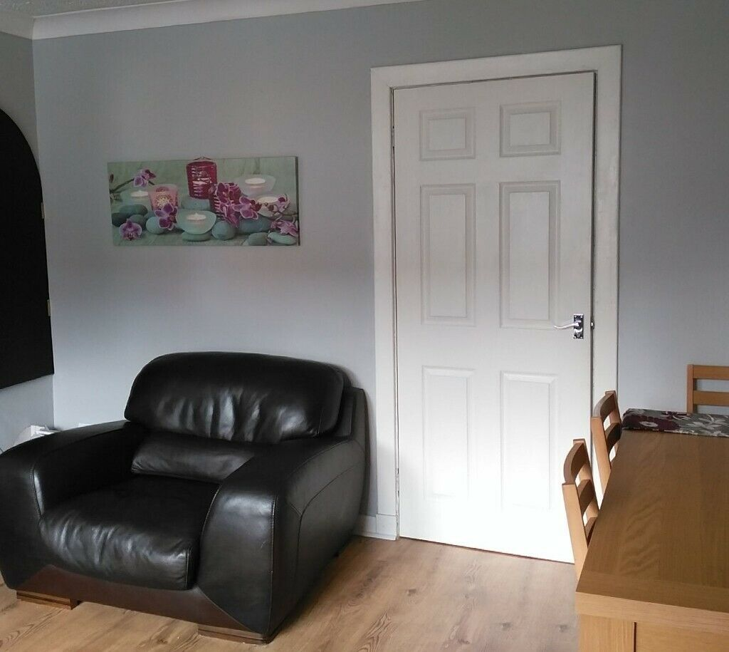 2 Bedroom House For Short Term Let Blantyre