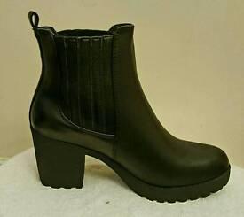 Chunky heel ankle chelsea heel boots