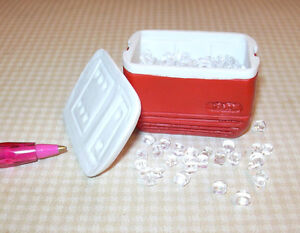 Miniature Red Igloo Cooler Filled w/Ice!  DOLLHOUSE Miniatures 1/12 Scale