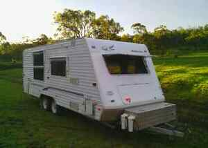 Jayco heratige 21.65.4 ensuite 2003 modified full off grid van. Drayton Toowoomba City Preview