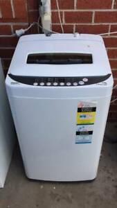5 kg fuzzy logic top washing machine   it is good working order.   Som