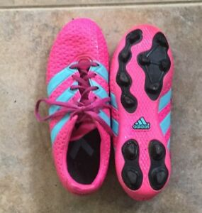 Adidas Cleats size 3.5 Us