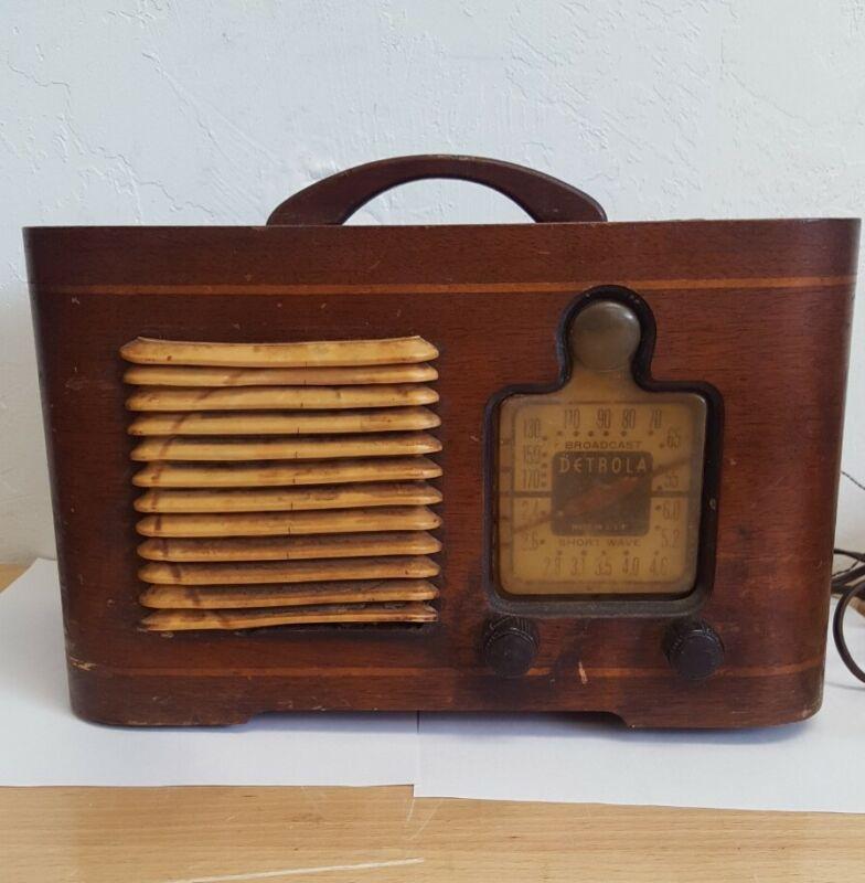 Antique Vintage Detrola USA Wood Short Wave Tube Radio Model 322 Retro Magic Eye