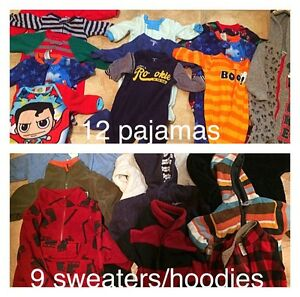 Baby clothes 3-6-12 months  over 200 items