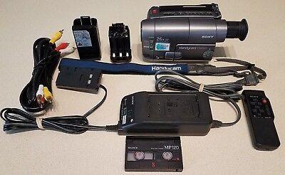 Видеокамеры Sony Handycam CCD TRV22 Camcorder