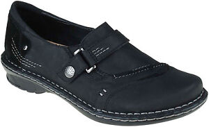 Womens-Earth-Beetlebug-SlipOn-Shoe-Black-Leather