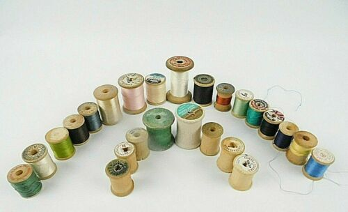Vintage Mixed Lot Of 25 Wooden Sewing Thread Spools Free Shipping