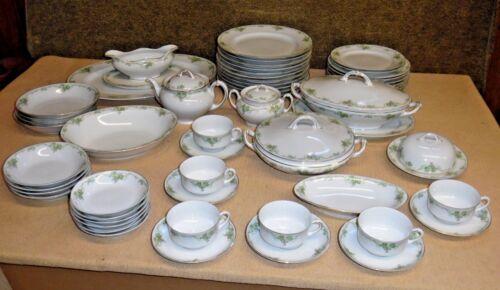 WORN Heinrich Bavaria Porcelain Dinner Set - Grapes Grapevine H1236 - Gold Wear