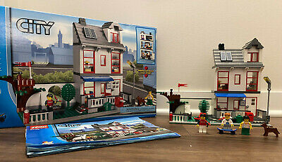 LEGO CITY 8403 City House with Instructions & Box Special Edition 100% Complete