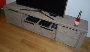 TV Entertainment Unit Waterloo Inner Sydney Preview