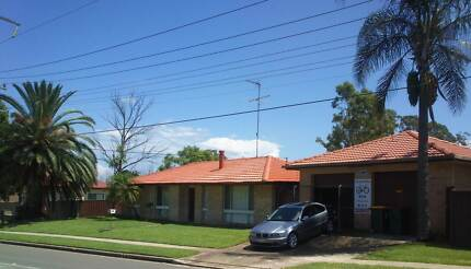 Clean Tidy Room, friendly, everything included.!! Doonside Blacktown Area Preview