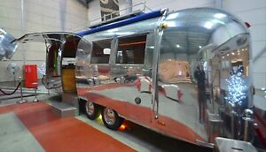 Airstream Coffee Trailer Overlander Landyacht Café