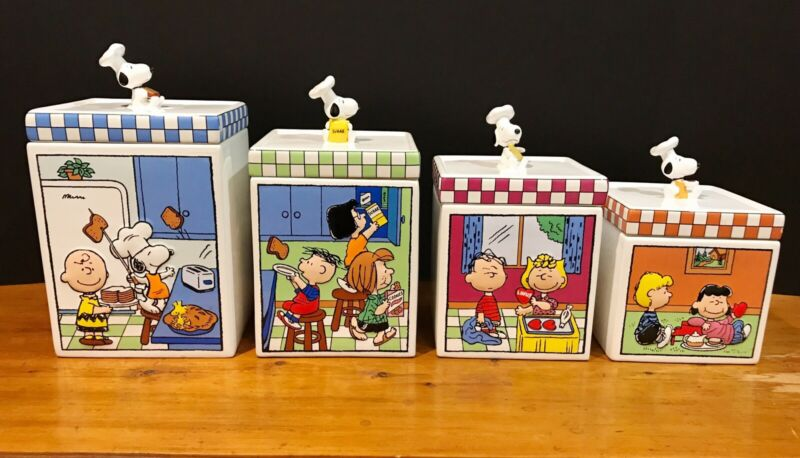 "Rare ""The Peanuts Canister Collection"" Set of 4 by Danbury Mint"