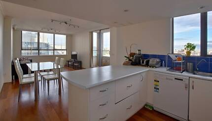 One Bed Available for Two Girls Share Room In CBD Own Keys/Swipes