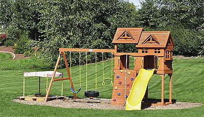 Auf dem Spielturm können sich Kinder den ganzen Tag lang austoben (Foto: herreid/Thinkstock)