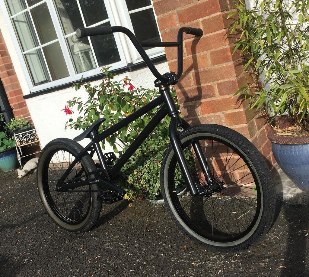 Custom Freestyle 20' BMX (CAN POST)
