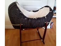 Moses basket with stand. Includes matress, matress cover, quilt and lining.