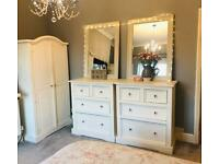 *** Shabby Chic Pine Bedroom Furniture Set ***