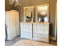 Shabby Chic Pine Bedroom Furniture Set