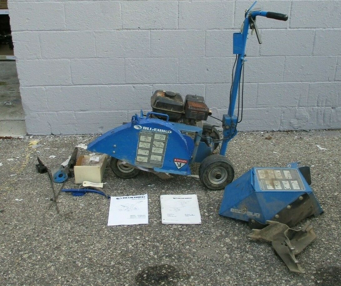 Photo BLUEBIRD BB550A BED BUG LANDSCAPE BED EDGER CABLE LAYER TRENCHER