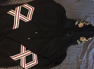 Selling authentic GUCCI hoodie