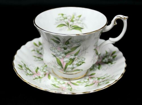 ROYAL ALBERT SPRINGTIME SERIES LILY OF THE VALLEY VTG- BONE CHINA CUP & SAUCER