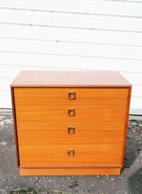 VINTAGE RETRO MID CENTURY G-PLAN GPLAN TEAK CHEST OF DRAWERS