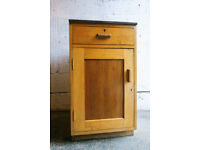 VINTAGE RETRO MID CENTURY MINISTRY STORAGE CUPBOARD OCCASIONAL TABLE