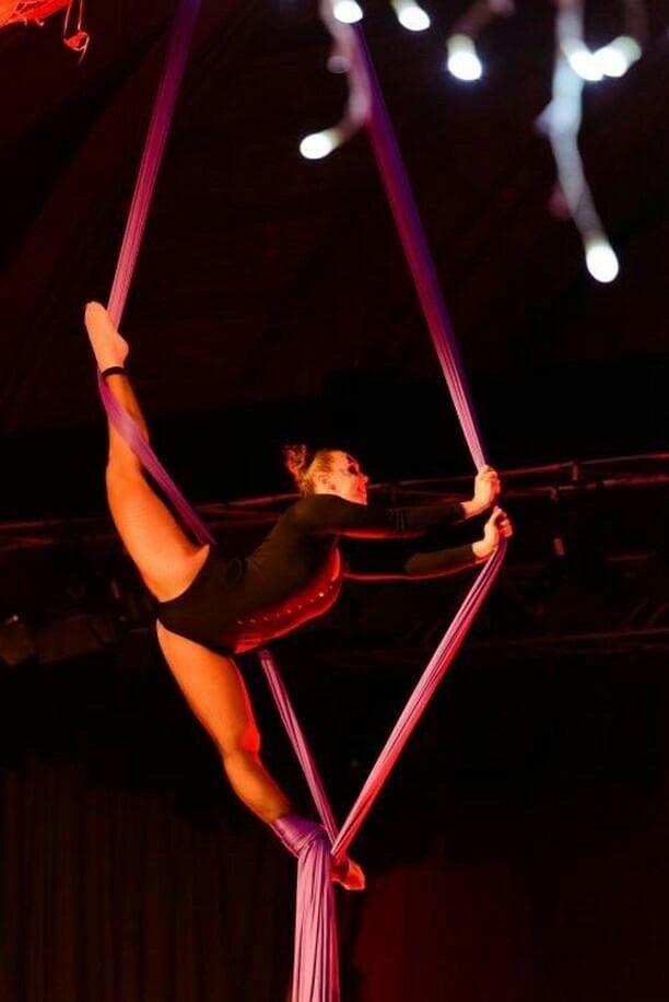 Beginner Aerial Hoop Or Silks Course Basingstoke In Basingstoke