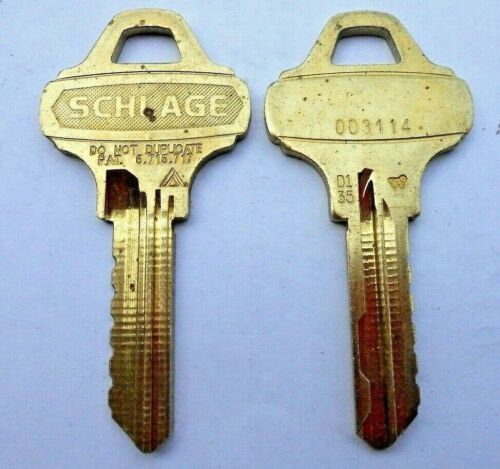 (1)  SCHLAGE  EVEREST  D135  Key Blank  # 003114   0 - Bitted