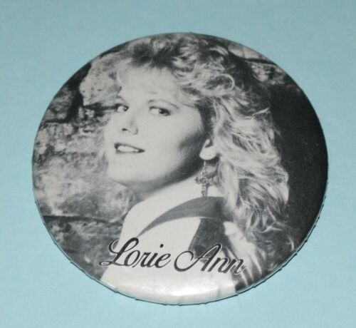 Lorie Ann Button Pin Sing Me Records Country 1989 Say The Part About I Love You
